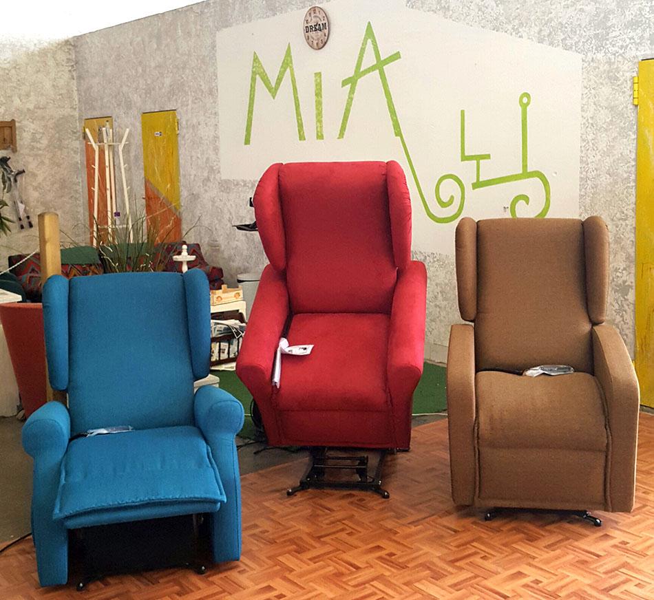 poltrone reclinabili per disabili poltrone relax per anziani e disabili mia